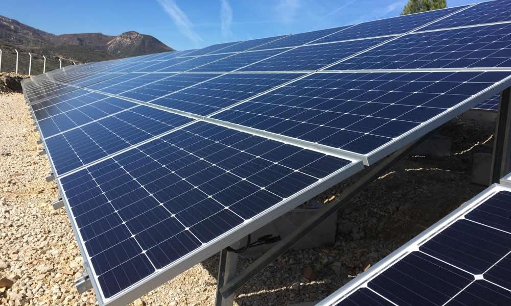 Güneş Enerji Santrali Kurulumu ve Kullanılan Malzemeler
